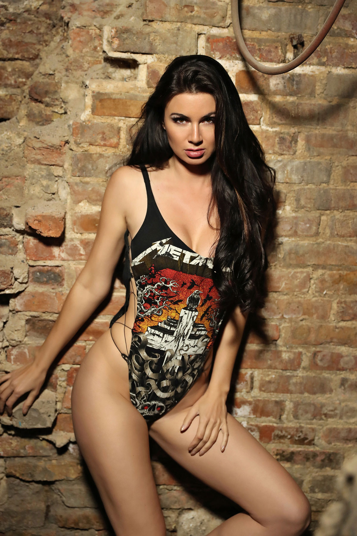 Auto Express Credit >> April Rose's stone cold… SEXY photo shoot! | 97.9 The Loop ...