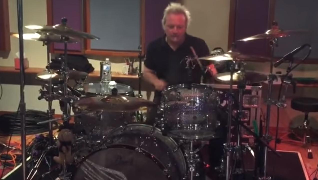 Aerosmith drummer's freak accident postpones concerts (Loop Rock History)