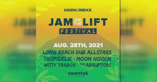 Jam on the Lift at Kissing Bridge