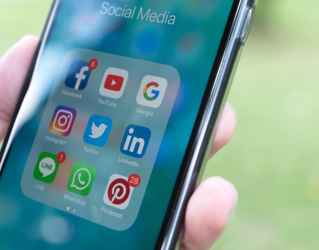 Facebook and Instagram Shutting Down in Europe