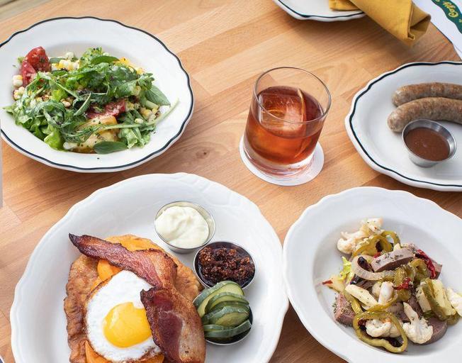 Disappearing restaurant menus