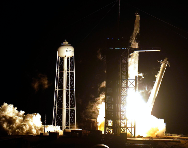 Out Of This World: SpaceX Sends 4 Astronauts Into History