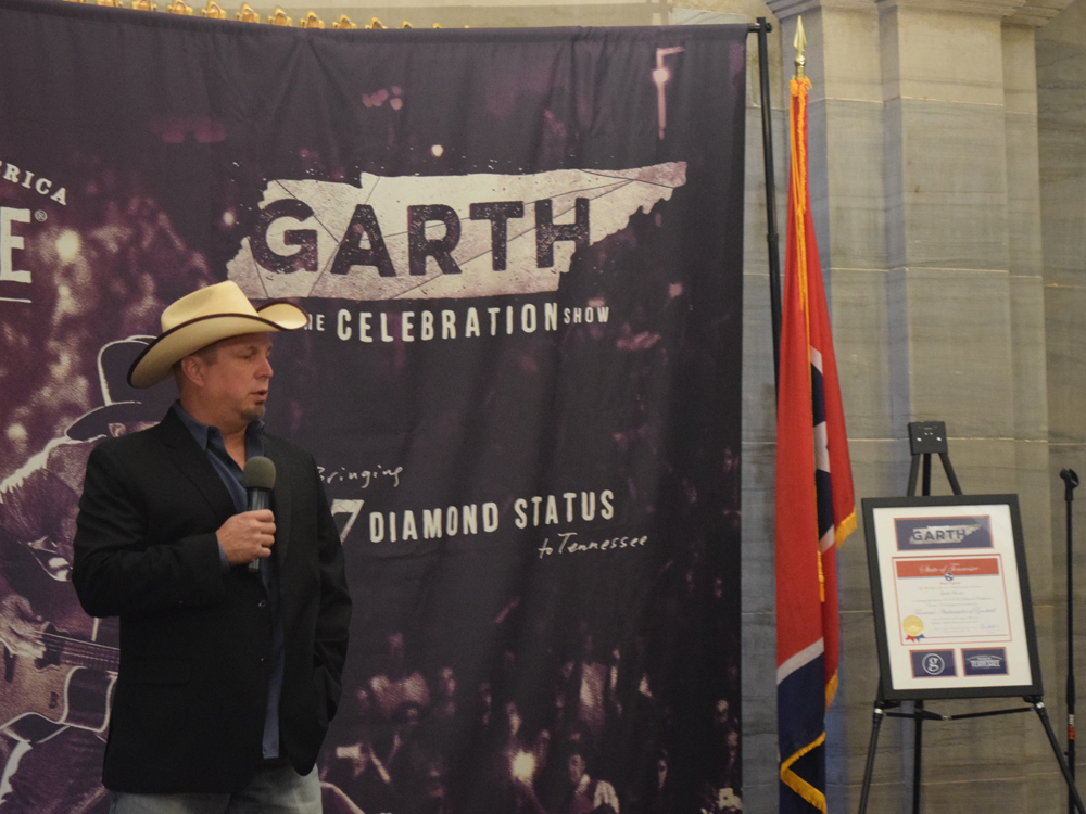 New Tennessee Ambassador of Goodwill Garth Brooks Announces Free Nashville Show on Oct. 24