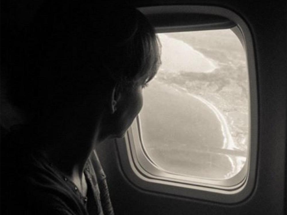 Reba Remembers Band Members Who Died in Plane Crash 26 Years Ago