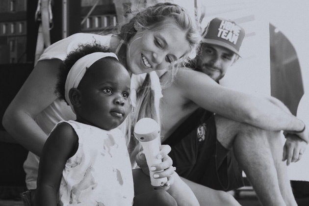 Thomas Rhett Appears to Love Being a Dad