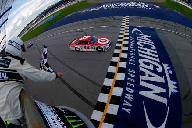 Kyle Larson Pushes to Another NASCAR Michigan Win [VIDEO, PHOTOS]