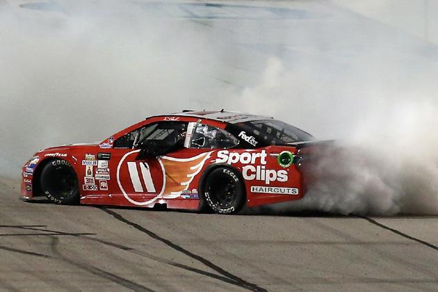 Denny Hamlin Wins NASCAR Throwback Weekend Race at Darlington