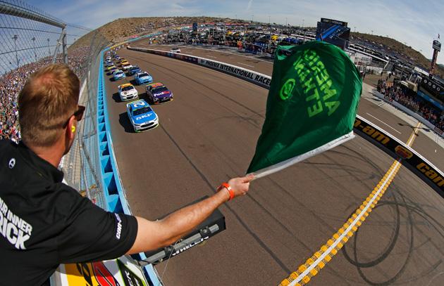 AVONDALE, AZ - NOVEMBER 12:  Ryan Blaney, driver of the #21 SKF/Quick Lane Tire
