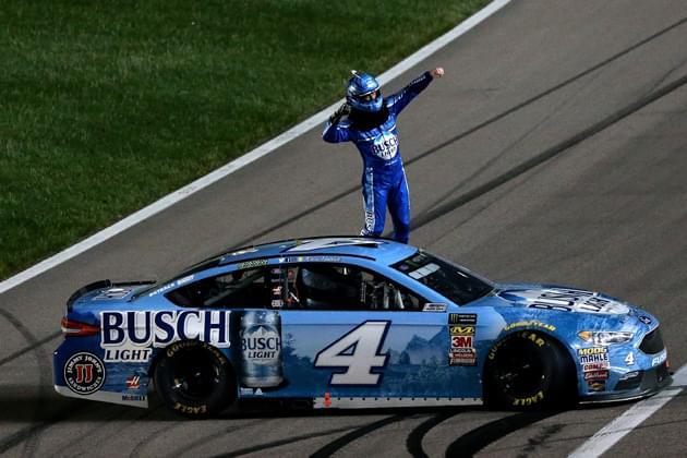 Kevin Harvick Survives Kansas Chaos to Win NASCAR Race[VIDEO, PHOTOS]