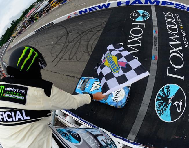 """Kevin Harvick """"Bumps and Runs"""" to a Win at NASCAR's """"Magic Mile"""""""
