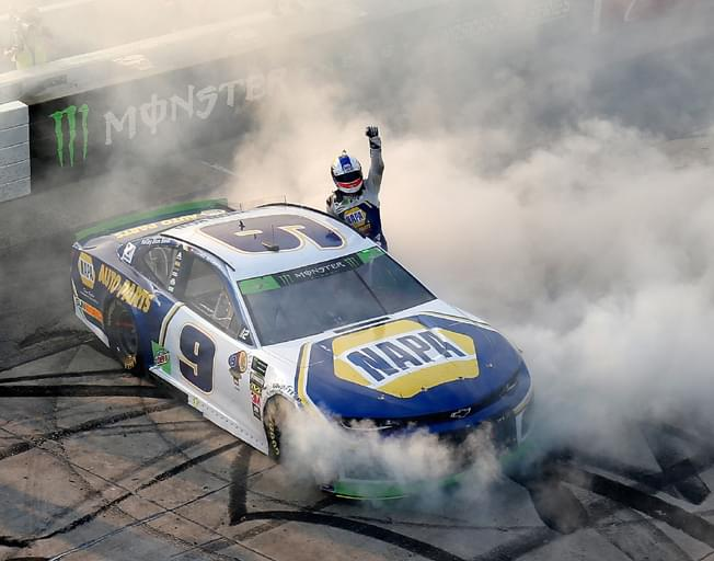 Chase Elliott Grabs Win at Dover to Advance in NASCAR Playoffs [VIDEO]