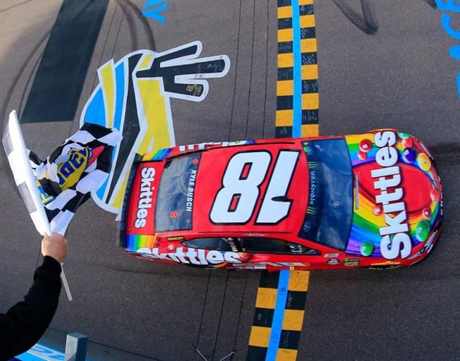 Kyle Busch Claims NASCAR Win in Phoenix