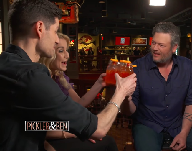 Blake Shelton Talks and Drinks with Pickler & Ben [VIDEOS]