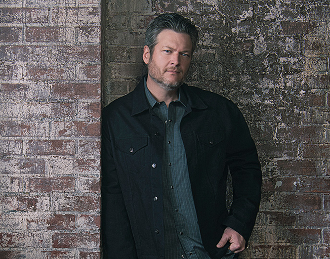 "Blake Shelton Enjoying #1 in ""God's Country"""