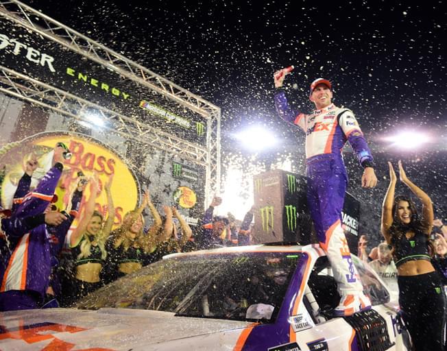 Denny Hamlin Wins NASCAR Battle at Bristol Saturday Night [VIDEO]