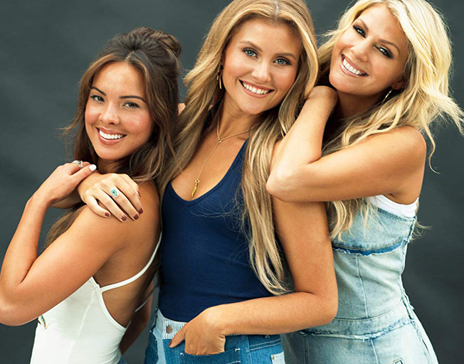 Runaway June Share Mishap on Carrie Underwood Tour