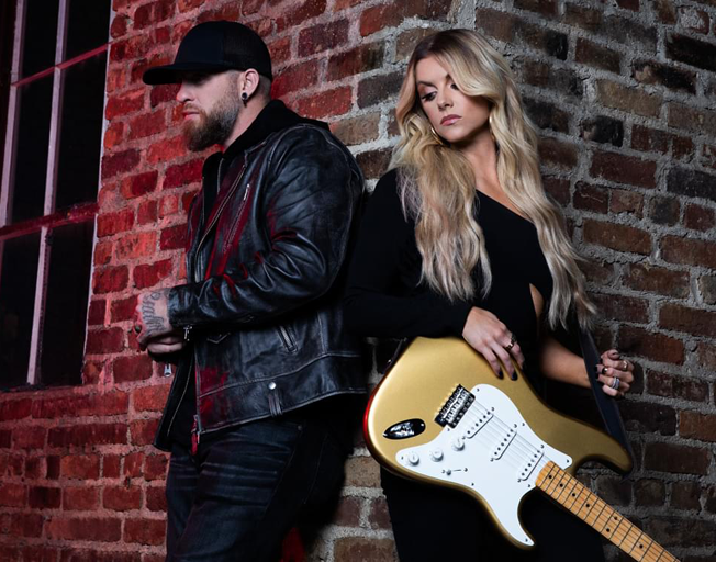 "Brantley Gilbert Takes Lindsay Ell to #1 with ""What Happens In A Small Town"""