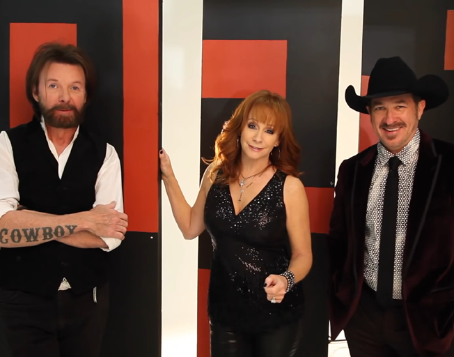 (L-R) Ronnie Dunn, Reba and Kix Brooks