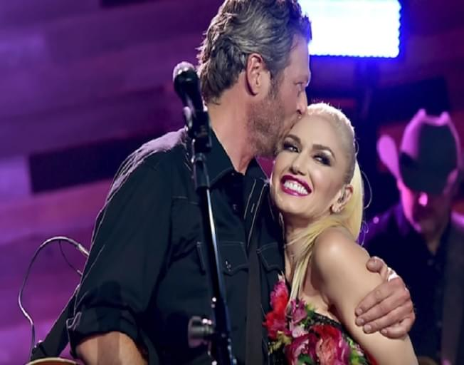"Blake Shelton And Gwen Stefani Debut ""Nobody Like You"" Video Ahead Of Grammy Performance"