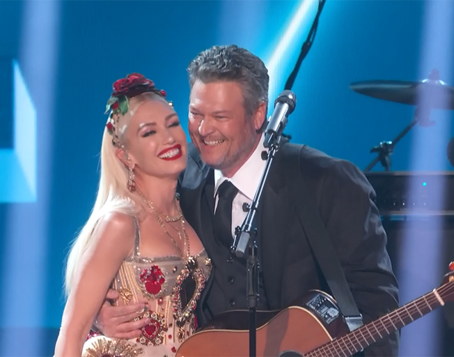 Watch Complete Blake Shelton Gwen Stefani Grammy Performance Here