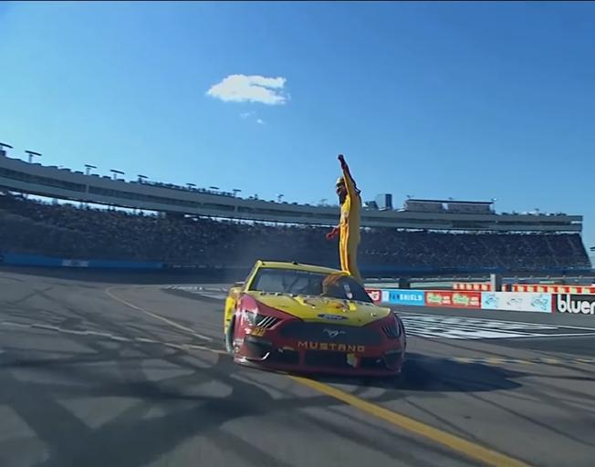 Joey Logano Wins NASCAR Cup Series Race in Phoenix [VIDEO]