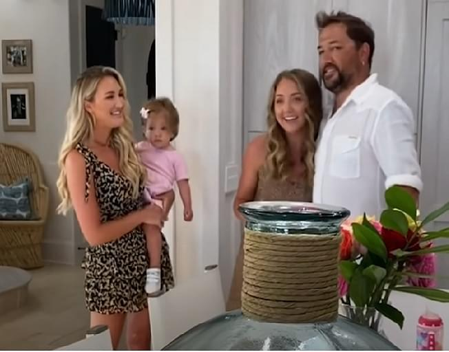 Jason Aldean And Wife Brittany Surprise Daughter With Quarantine Prom [VIDEO]