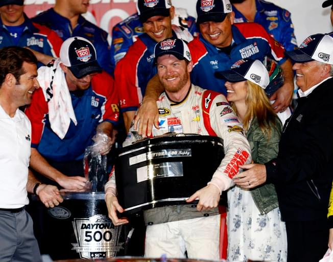 Dale Earnhardt Jr. among NASCAR Hall of Fame Class of 2021 Inductees
