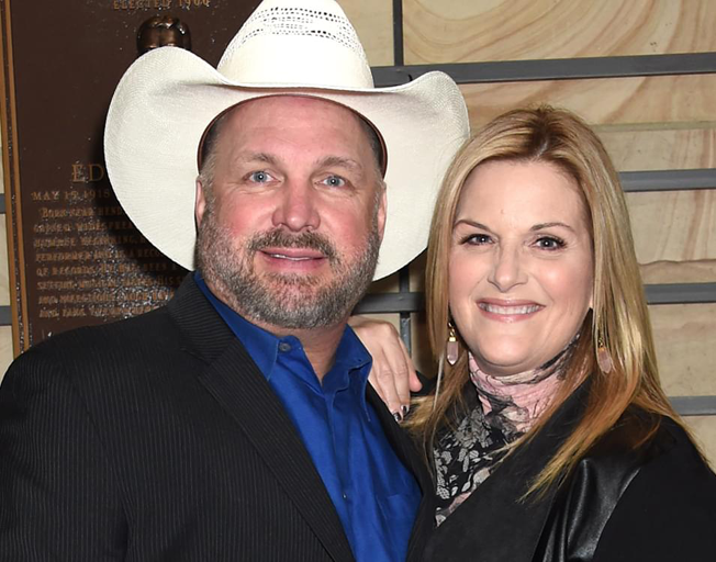 Garth Brooks and Trisha Yearwood Postpone Facebook Concert Due To Possible COVID-19 Exposure