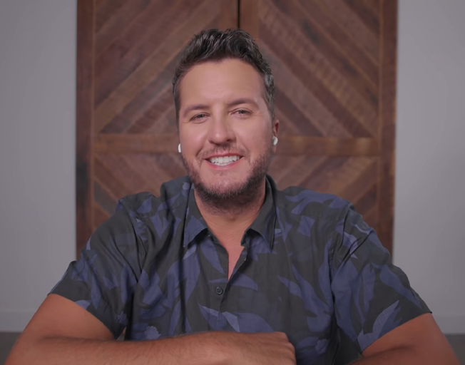 Luke Bryan Sings 100 Country Songs in 10 Minutes [VIDEO]