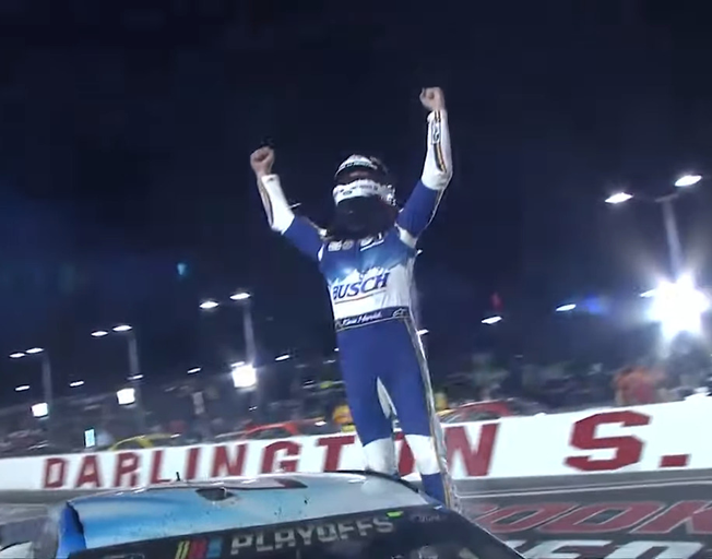 Kevin Harvick Starts NASCAR Playoffs with Darlington Win [VIDEO]