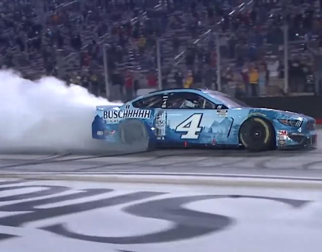 Kevin Harvick Wins NASCAR Playoff Battle at Bristol [VIDEO]