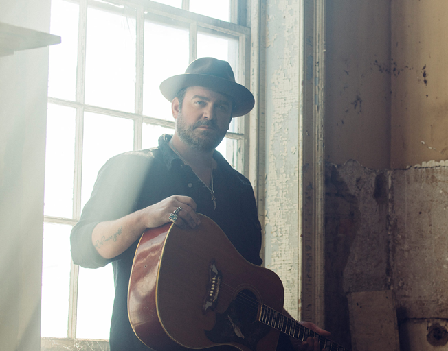 Lee Brice has a Number One Memory