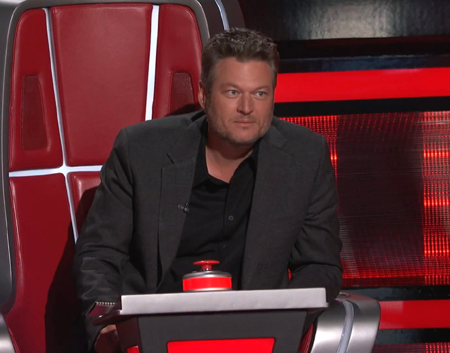 Who Did Blake Shelton Keep on Team Blake in Battle Rounds on 'The Voice'? [VIDEOS]