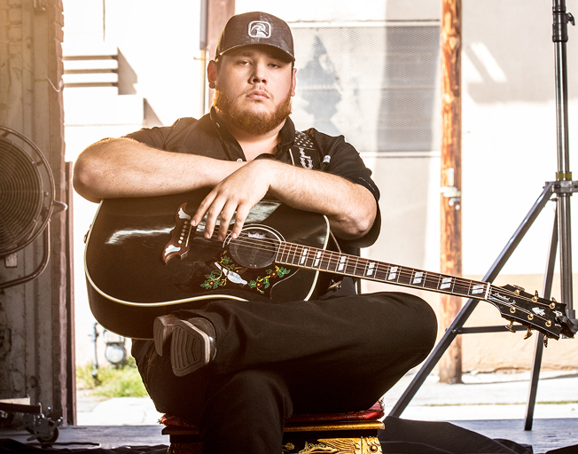 Luke Combs On How 2020 Will Impact 2021 Entertainer of the Year Awards