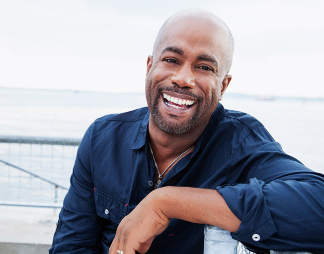 "Darius Rucker Scores 10th Number One with ""Beers And Sunshine"""