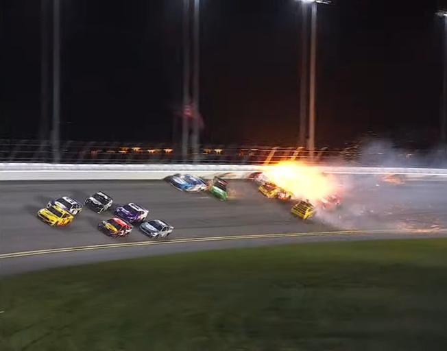 Michael McDowell Avoids Last Lap Crash in Daytona 500 to win First NASCAR Race [VIDEO]
