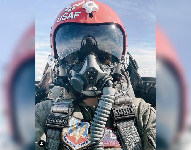 """Thanks for the insane ride"": Maren Morris Takes To The Sky With Thunderbirds [PHOTOS]"