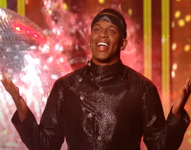Jimmie Allen Makes His Dancing With The Stars Debut With The Tango