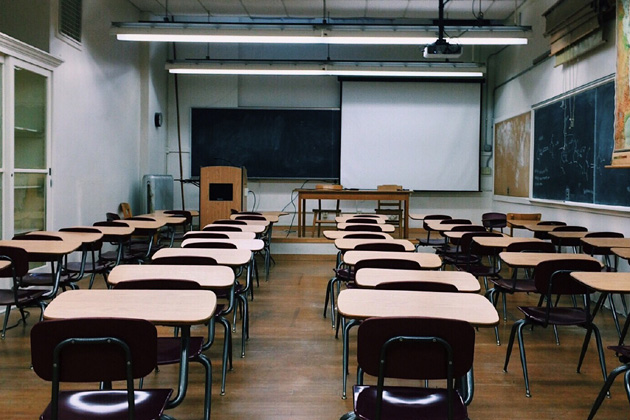 Illinois State Board of Education votes to return students to in-person in the fall