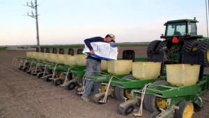 Weekly crop report shows corn planting ahead of schedule