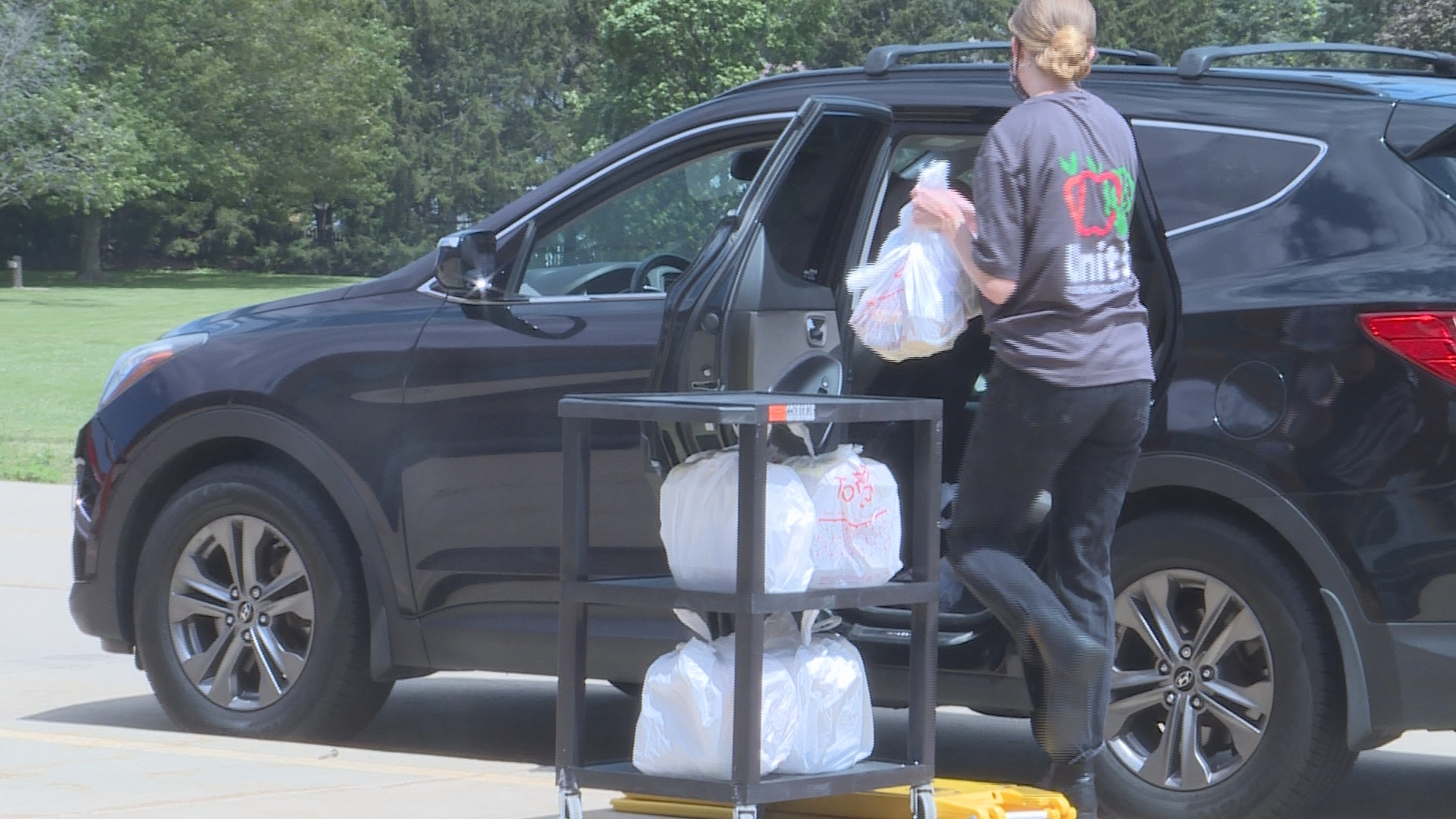 Unit 5 schools provide free meals for local children throughout summer