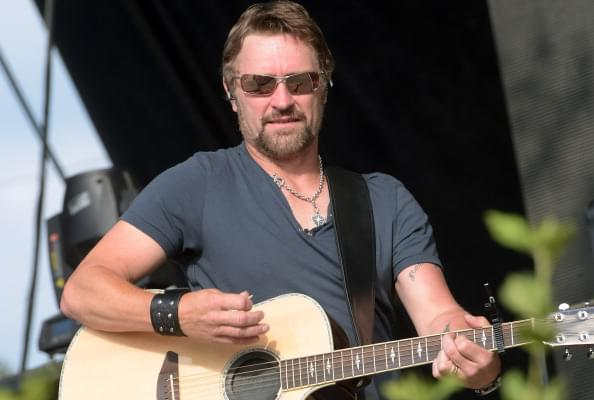 "Craig Morgan – ""The Father, My Son, and the Holy Ghost"" [LISTEN]"