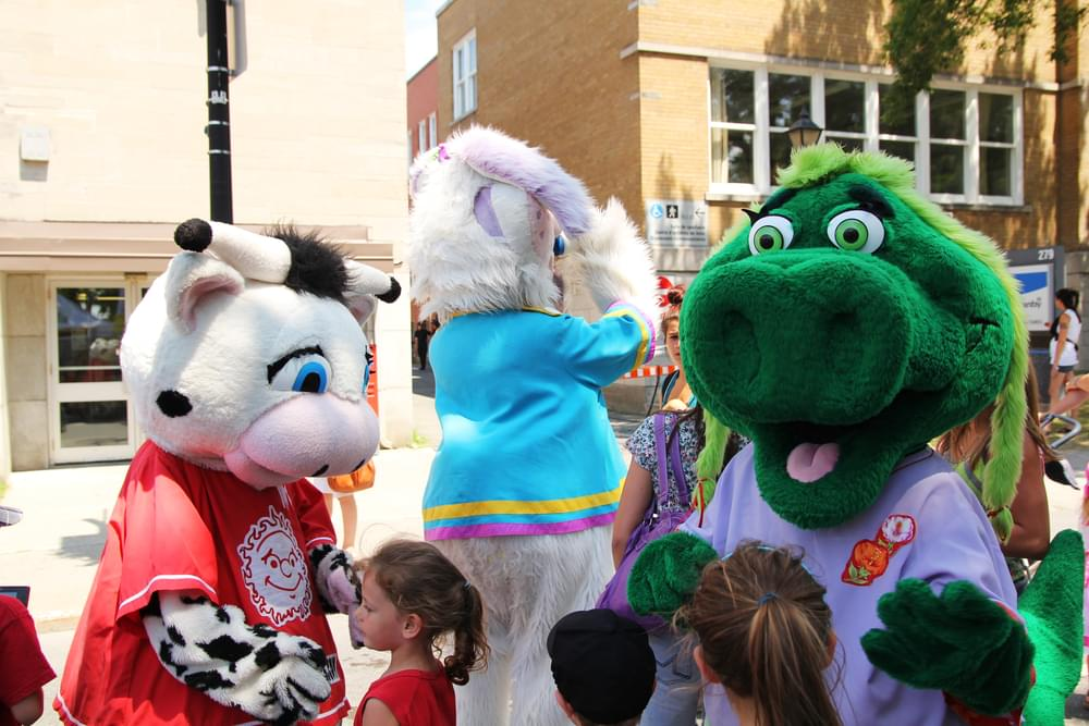 Blue And Boomer Make It To Mascot Hall Of Fame Finals