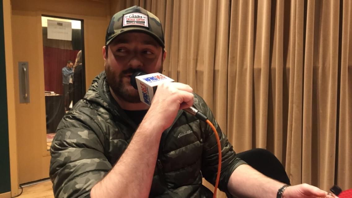 CHRIS YOUNG LIKES TO KEEP IT COUNTRY