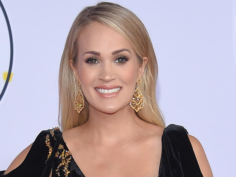 """Watch Carrie Underwood Honor Linda Ronstadt by Performing """"Blue Bayou"""" & """"When Will I Be Loved"""" at Kennedy Center Honors"""