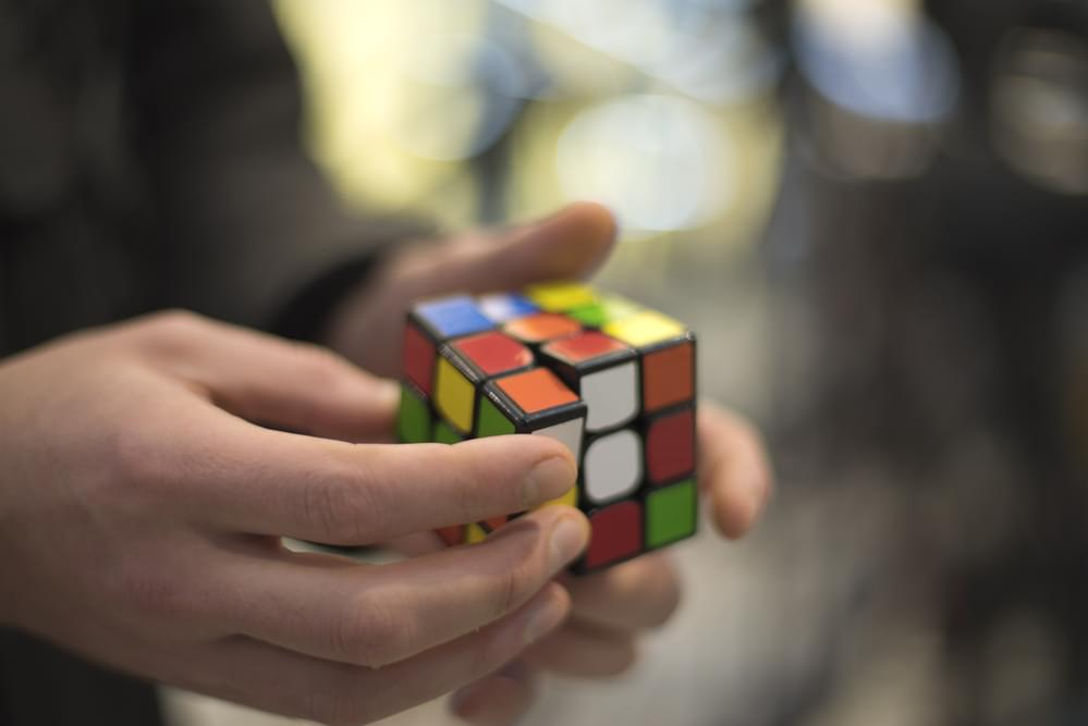New World Record For Solving A Rubik's Cube While On A Pogo Stick [WATCH]