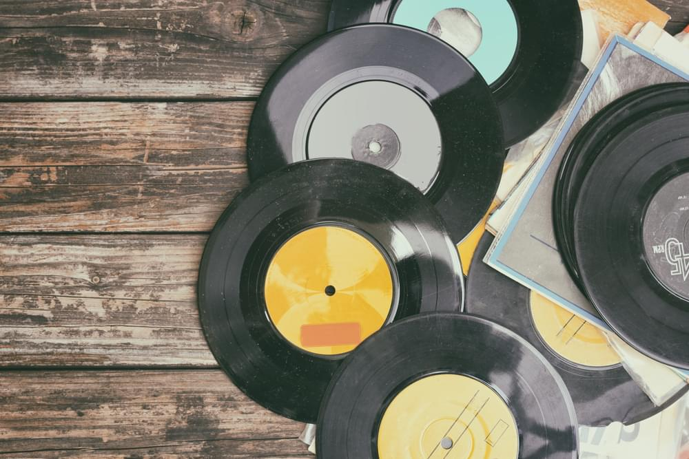 Vinyl Outsells CDs For The First Time Since The 1980's