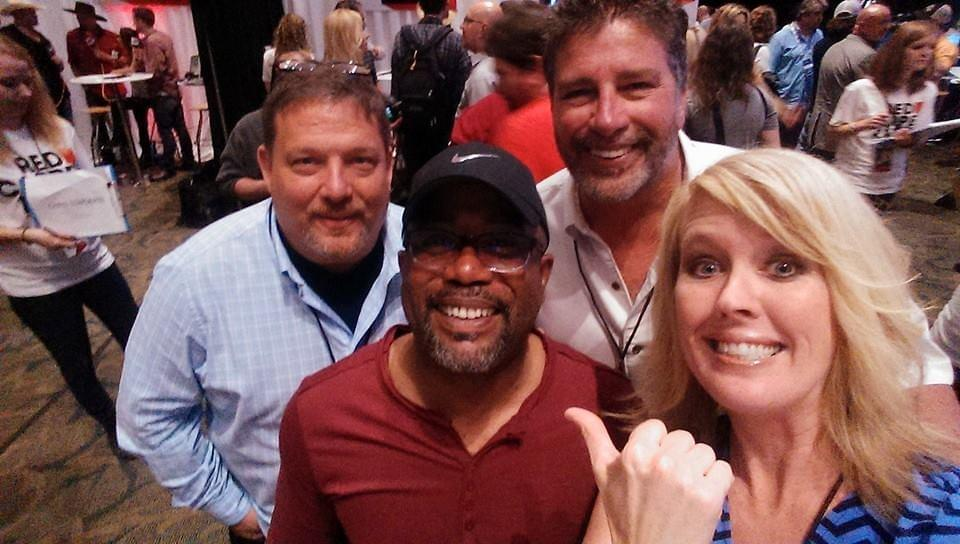 Darius Rucker Doesn't Like It When A Celebrity Does This …. He Says It Makes Them A Jerk!