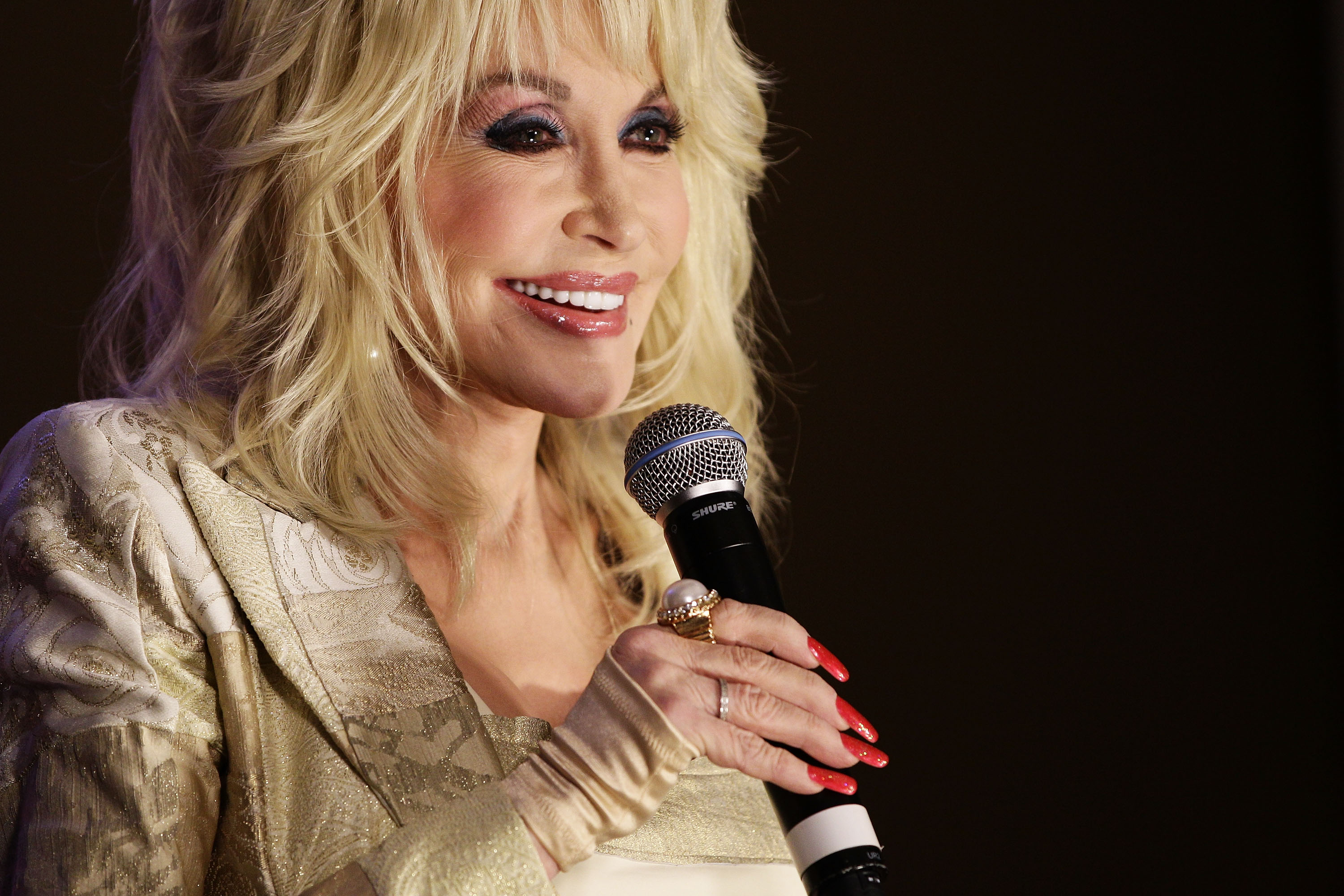Dolly Parton And Reba McEntire Are Collaborating On A Song