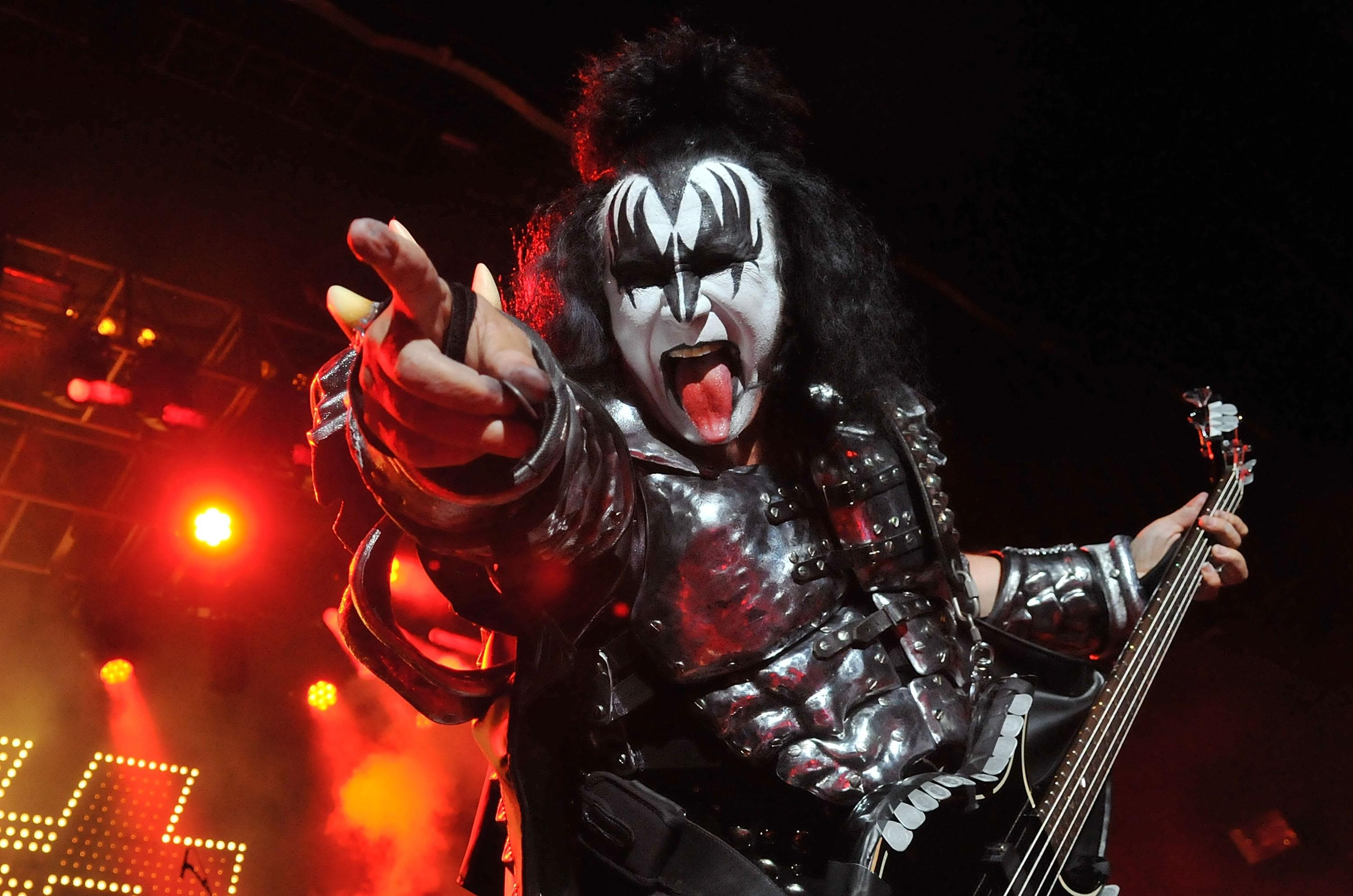 Gene Simmons Gives A Pep Talk & Some Praise During The COVID-19 Crisis